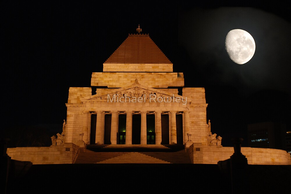 Shrine of rememberance Melbourne by Michael Rowley