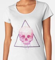 Skull in triangle on black Women's Premium T-Shirt
