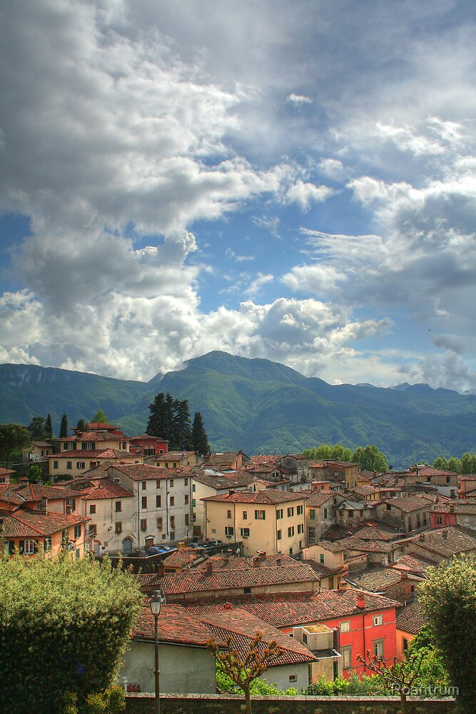 Rooftops of Barga by Roantrum