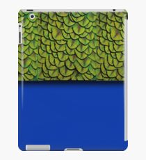 Bright Electric Blue Iridescent Peacock Feathers Texture Pattern iPad Case/Skin