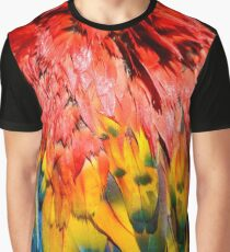Beautiful Close-up of Rainbow Coloured Feathers of Scarlet Macaw Graphic T-Shirt