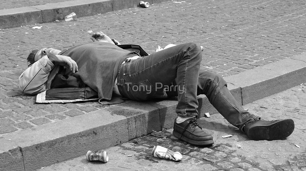 DRUNK' IN THE STREET by Tony Parry