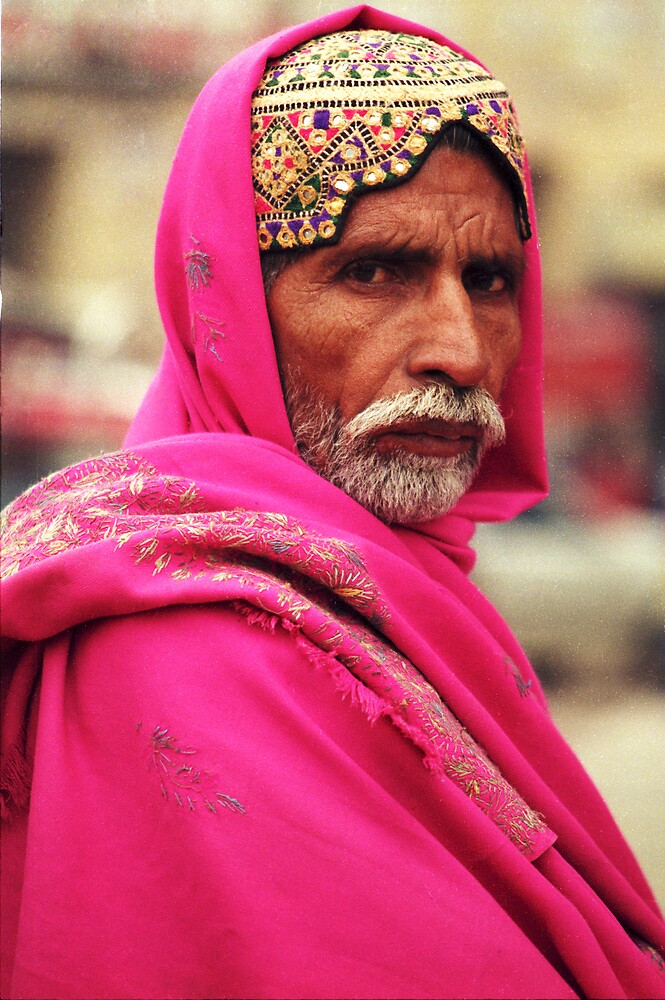 Stern look in Pakistan by jensNP