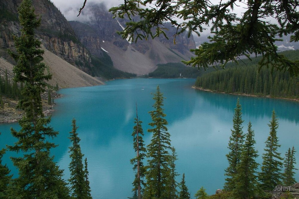 Moraine Lake, Canada by JohnT