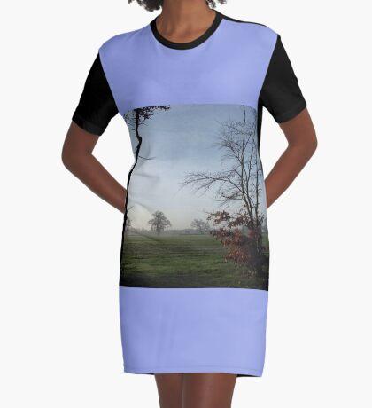 One Misty Morning in Essex T-Shirt Kleid