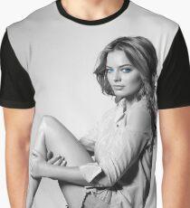 Mrs. Robbie 7 Graphic T-Shirt