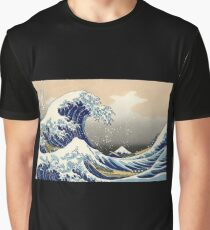 'The Great Wave Off Kanagawa' by Katsushika Hokusai (Reproduction) Graphic T-Shirt