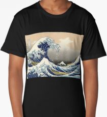 'The Great Wave Off Kanagawa' by Katsushika Hokusai (Reproduction) Long T-Shirt
