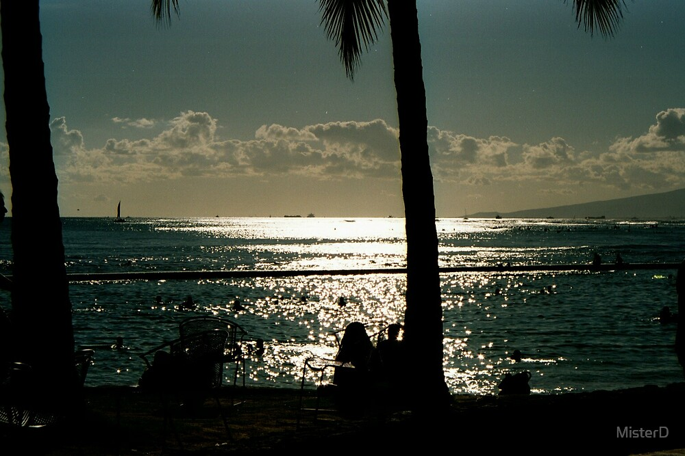 Sunset in Paradise (Oahu/Honolulu) by MisterD