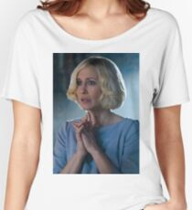 BATES MOTEL - NORMA BATES Women's Relaxed Fit T-Shirt
