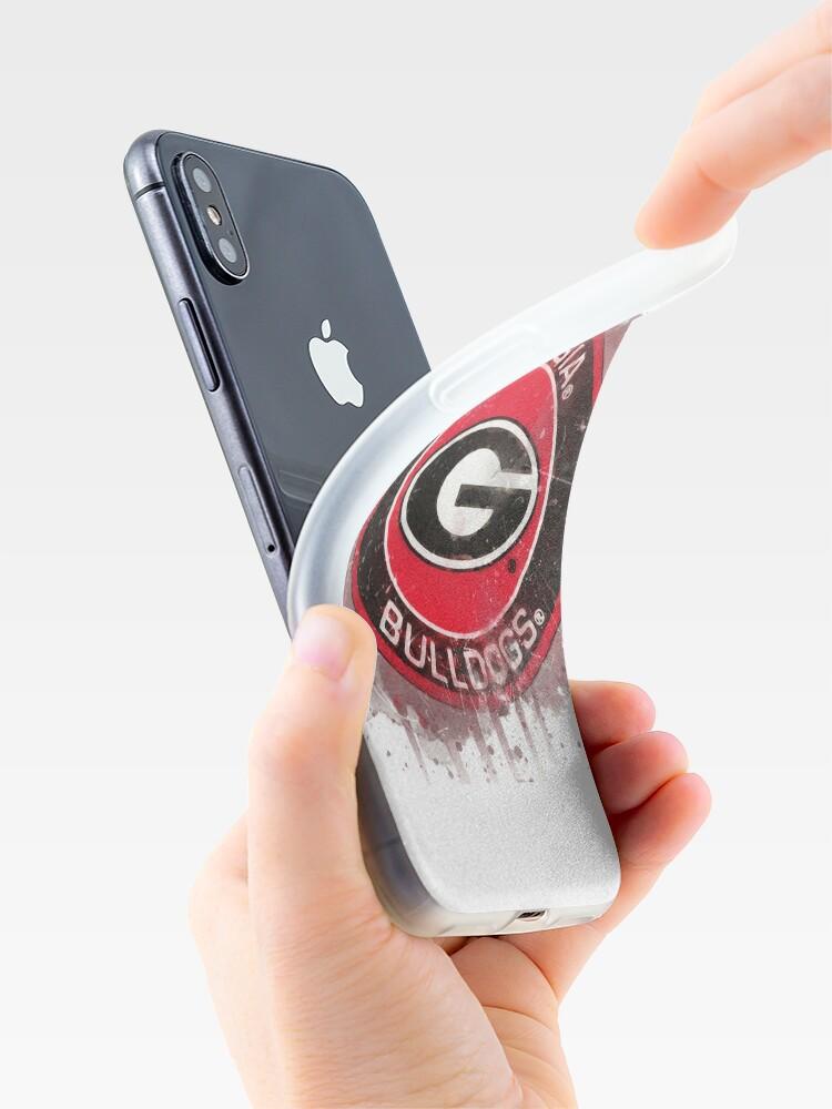 Vista alternativa de Vinilos y fundas para iPhone Logotipo de Acuarela de la Universidad de Georgia