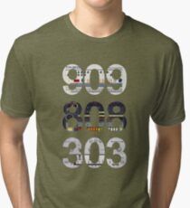 Roland 909 808 303 Classic Synth & Drum Machine Tri-blend T-Shirt