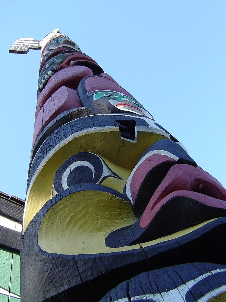 totem pole, victoria, vancouver by chadg