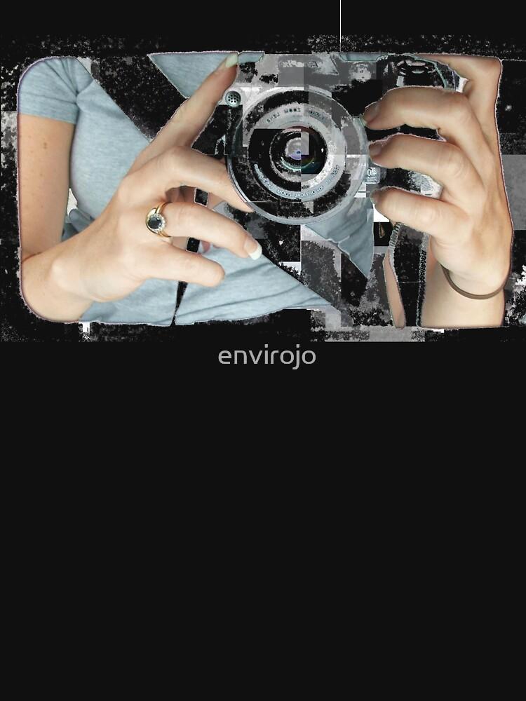 Shoot me by envirojo