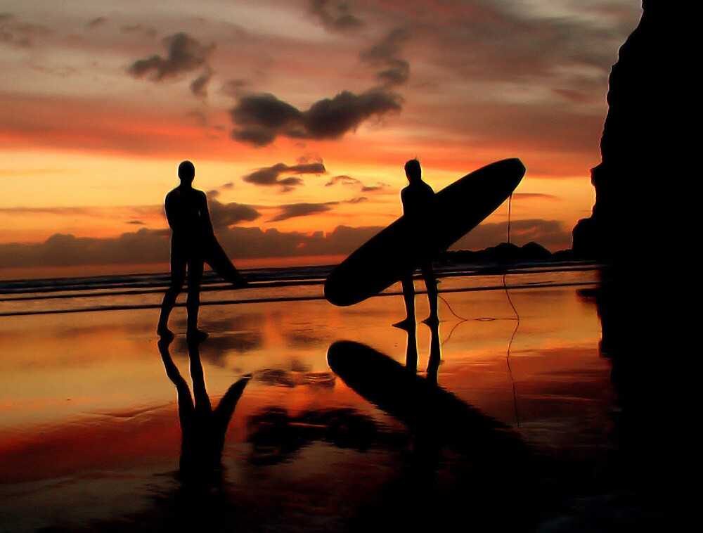 Sunset Surfers by joshexell