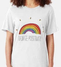 Strahlenpositivität Slim Fit T-Shirt