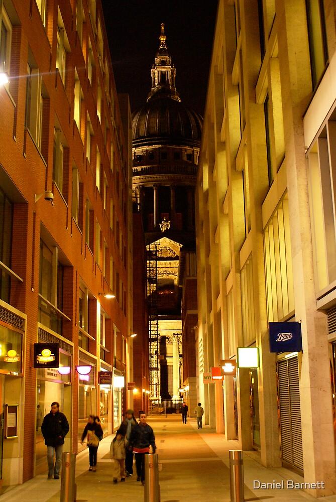 St. Paul's, London by Daniel Barnett