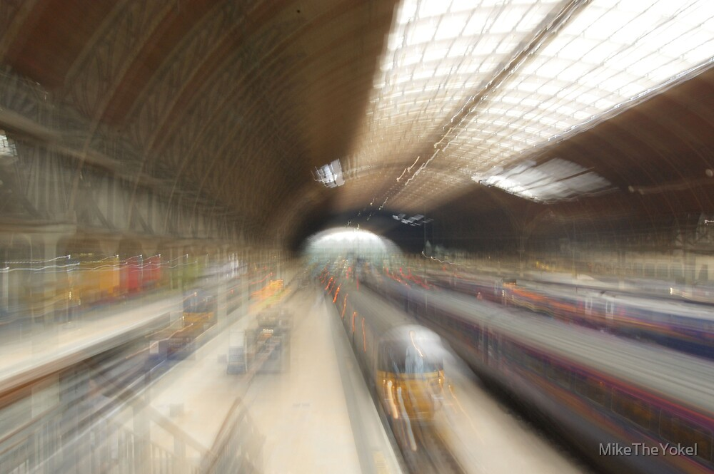 Paddington station by MikeTheYokel