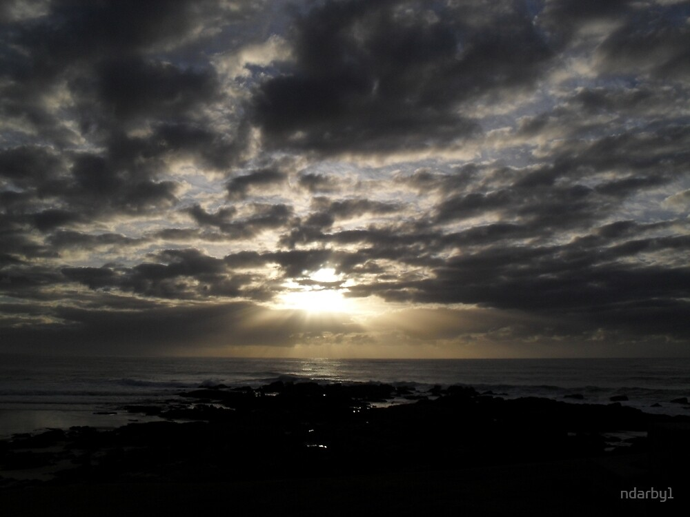 Early sunrise by ndarby1