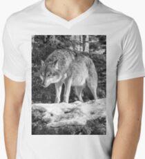 Timber Wolf Winter Menaces Men's V-Neck T-Shirt