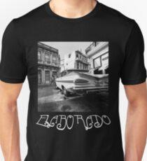 Elaborado - 1959 Chevrolet Impala in Havana, Cuba Unisex T-Shirt