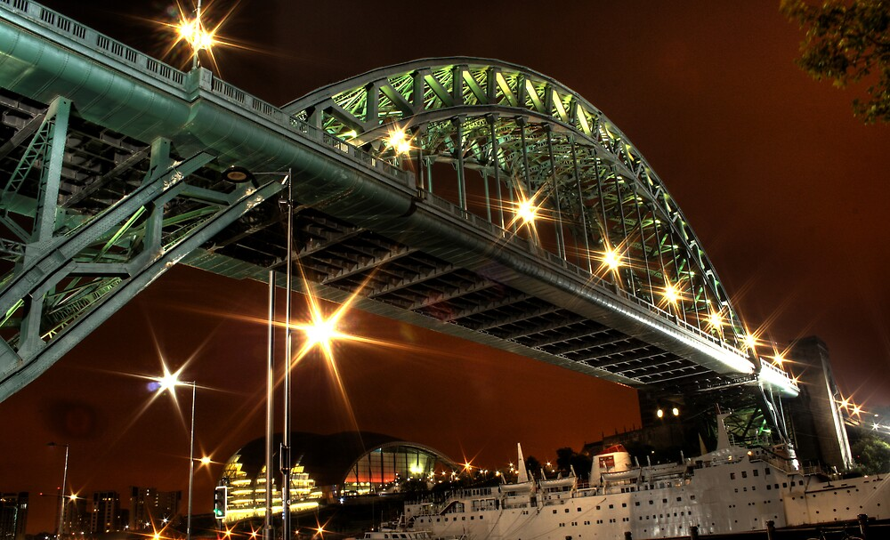 Tyne At Night by Richard Shepherd