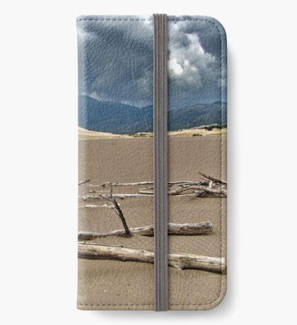 Detritus iPhone Wallet