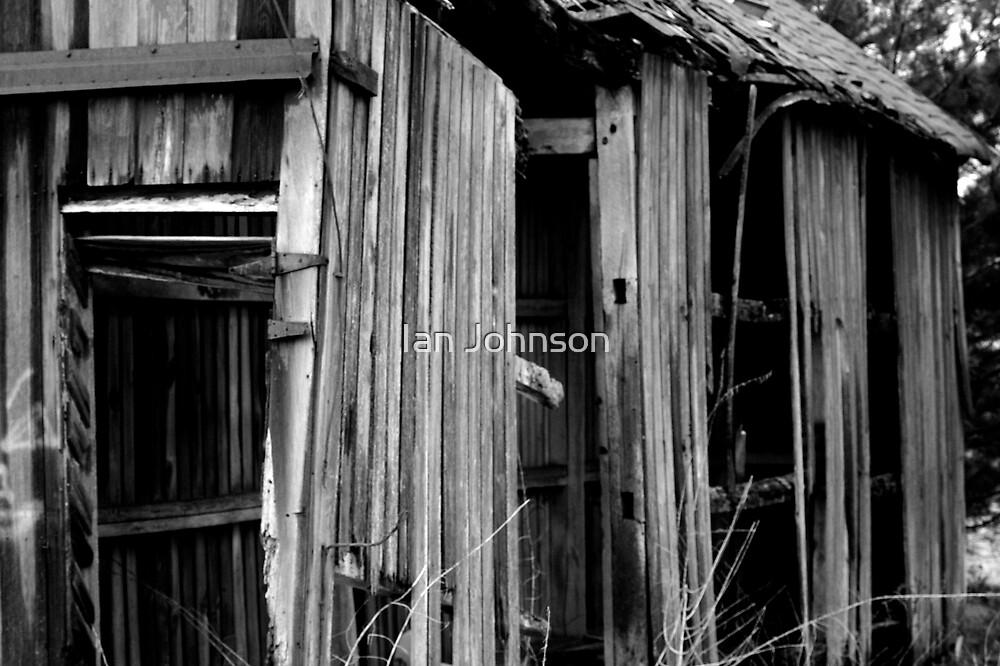 The Old Barn by Ian Johnson