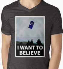 """""""I Want To Believe"""" Police Public Call Box version.  Men's V-Neck T-Shirt"""