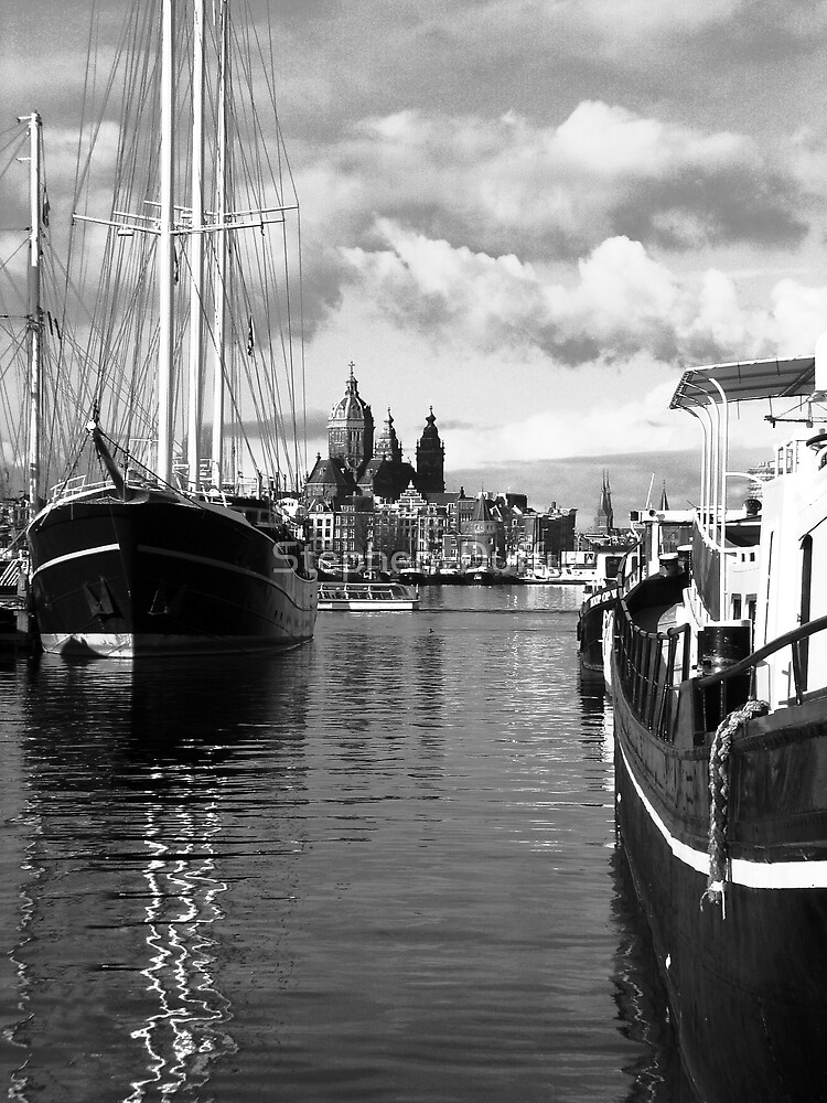 Amsterdam Harbour by Stephen  Duffy