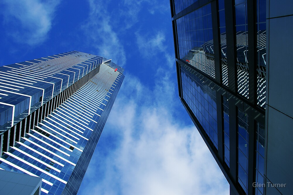 Eureka Tower from ground by Glen Turner