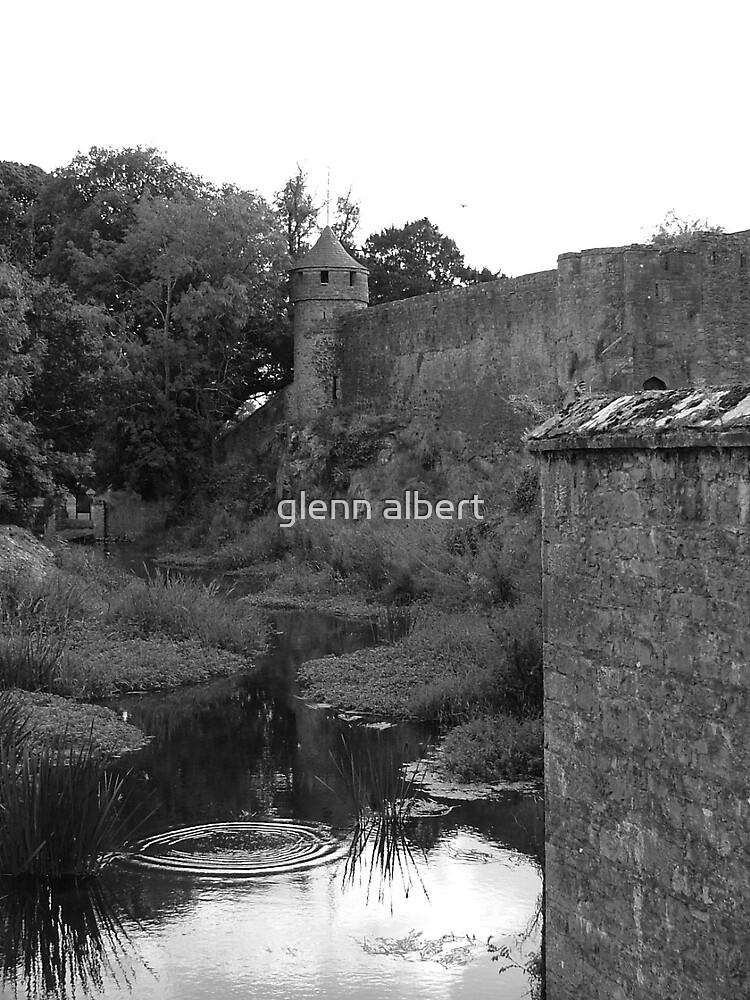 Old Castle by glenn albert