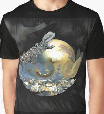 Pearl Egg Lizard Graphic T-Shirt