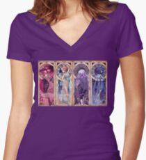 Jugendstil-Edelsteine Tailliertes T-Shirt mit V-Ausschnitt