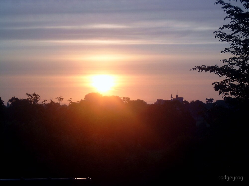 The Dawn Arrives by rodgeyrog