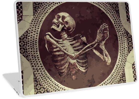 «Hannibal: Dancing Skull + Skeleton Mosaic» de camboa