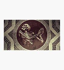 Lámina fotográfica Hannibal: Dancing Skull + Skeleton Mosaic