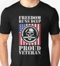 Proud Veteran Unisex T-Shirt