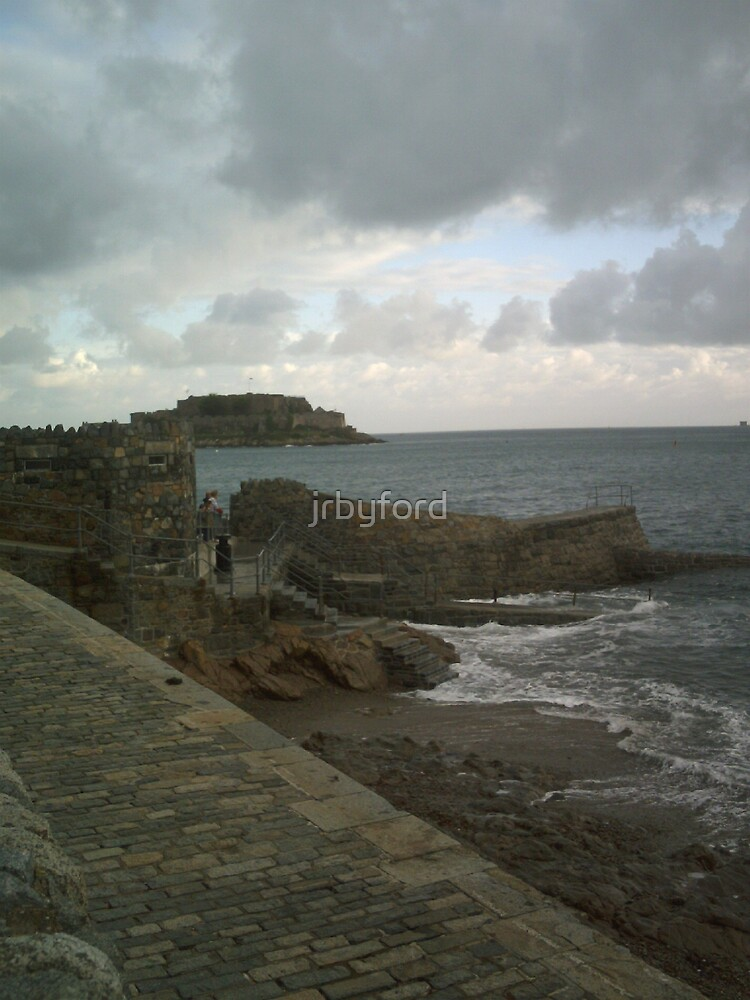 Looking out towards the Castle Cornet by jrbyford
