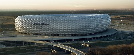 Allianz Arena exterior by Boy-With-Hat