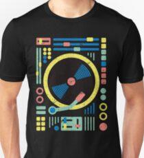 DJ Disc Jockey T-Shirt & Gifts - Retro Vintage Geometric Abstract DJ Decks / Vinyl / Mixer Unisex T-Shirt