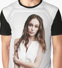 alycia debnam-carey Graphic T-Shirt
