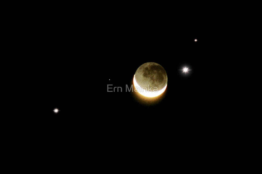 Spica, Crescent Moon and Venus. by Ern Mainka
