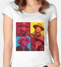 FUTURE Women's Fitted Scoop T-Shirt