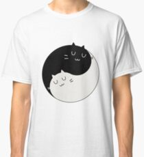 Yin Yang Kitty Classic T-Shirt