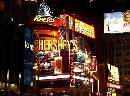 Times Square, New York City by astrochick26