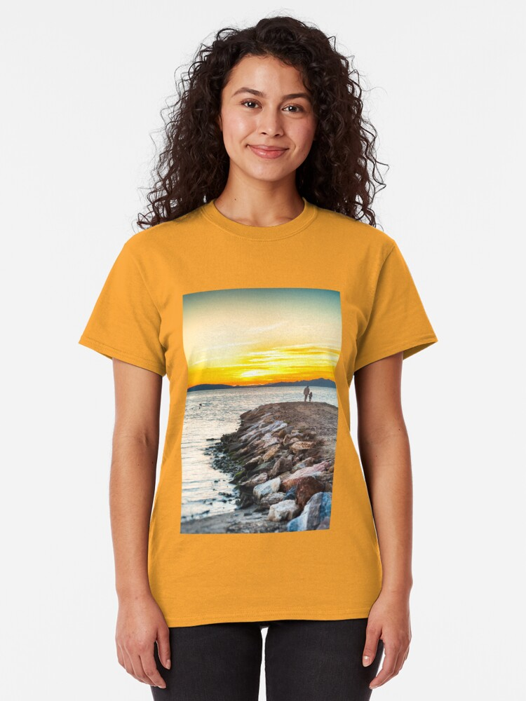 Alternate view of Sunset with dad Classic T-Shirt