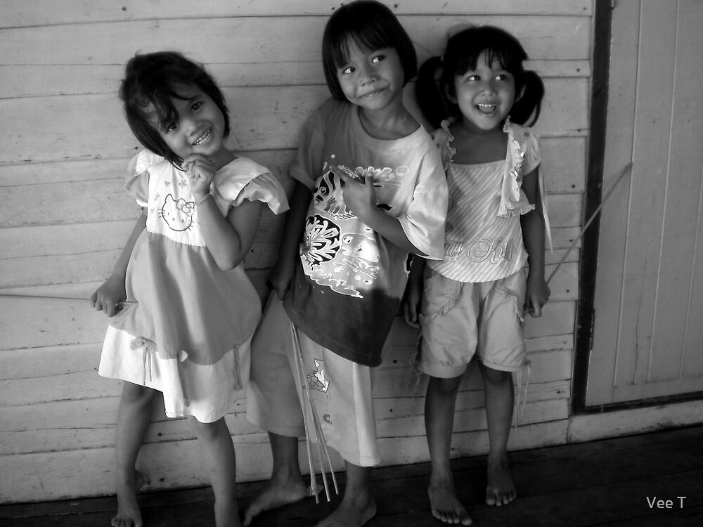 Happy Thai Children by Vee T