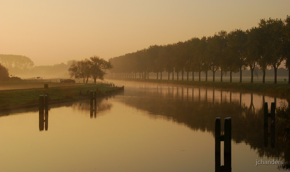 Early October morning at the canal by jchanders