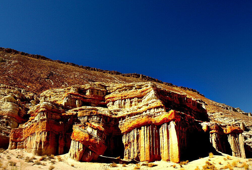 Red Rock Canyon Cliffs by ArieDee